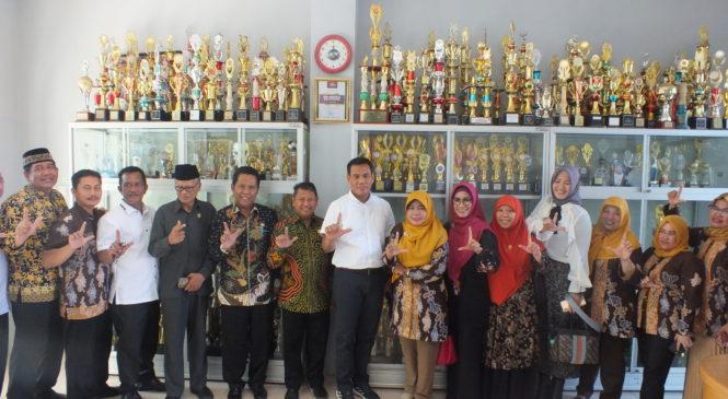 SMA Negeri 5 Balikpapan Dikunjungi Tim Komisi IV DPRD Kaltim Bersama Kadis Pendidikan & Kebudayaan Provinsi