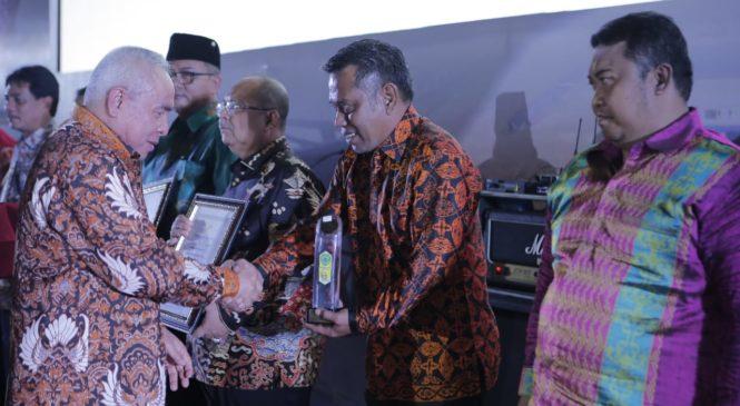 Malam Anugrah 2020, Pemerintah Kabupaten (Pemkab) Paser Terima 10 Trophy
