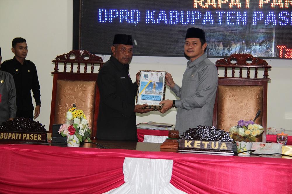 Sekda Kabupaten Paser Sampaikan LKPJ Bupati 2019 di Rapat Paripurna DPRD
