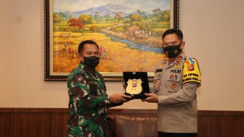 Pamitan Ke Polda Kaltim, Mayjen TNI Subiyanto Minta Hubungan TNI-Polri Semakin Solid