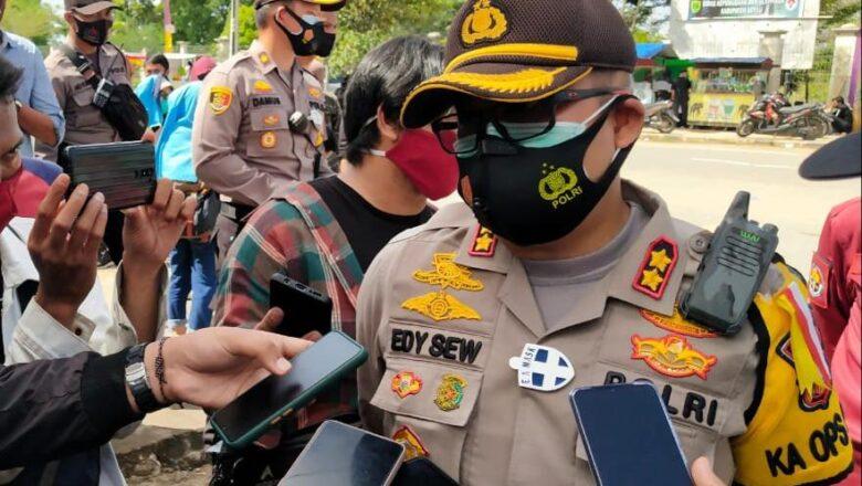 Gelar Pengamanan Aksi Unjuk Rasa, Polres Berau Polda Kaltim Utamakan Tindakan Persuasif