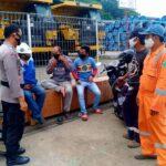 Polresta Balikpapan Berikan Himbauan Protokol Kesehatan Ke Petugas & Buruh Pelabuhan Semayang